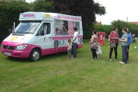Giorgios Whippy Ice Cream Vans