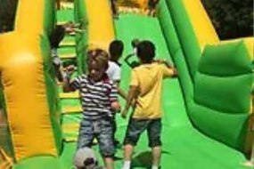 Party Maniacs Inflatable Slide