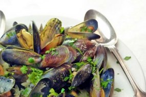 Classic Moules Mariniere