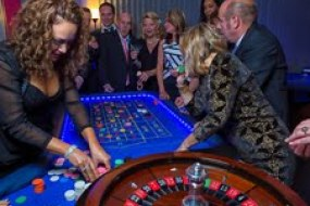 Party guests playing roulette at our Fun Casino