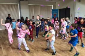 Pyjama Party, children's party, disco and games, entertainer