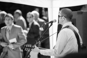 Pat McIntyre | Wedding Guitarist | Bristol