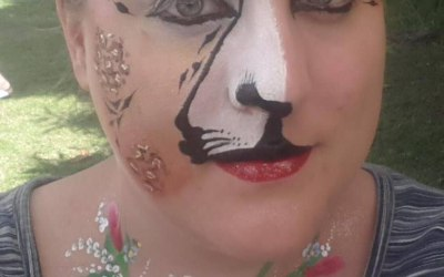 Magick Moments Face Painting and Inflatable Hire 7