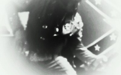 Micky Vegas as Elvis in Concert 3