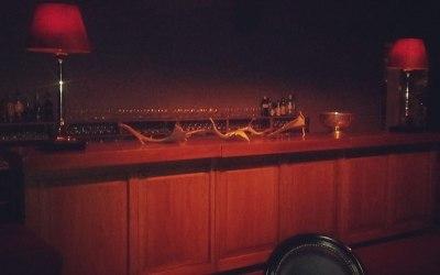 Vintage Wood Bar Hire
