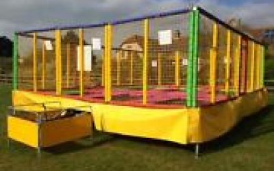 6 bed trampoline. Trampoline hire