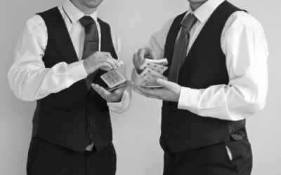 Alan & Toby are skilled magicians and great entertainers