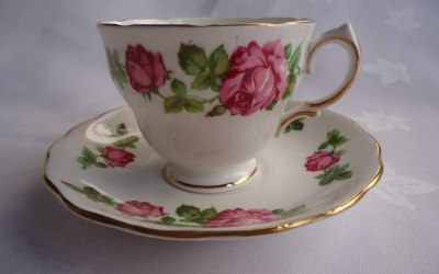 One of over 300 pretty vintage tea cups