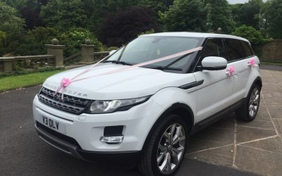 White Range Rover Evoue Wedding Car