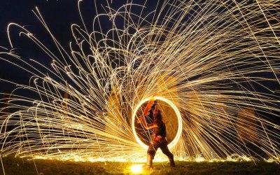 Random Mike Fire show, stilt walker, balloon modeller