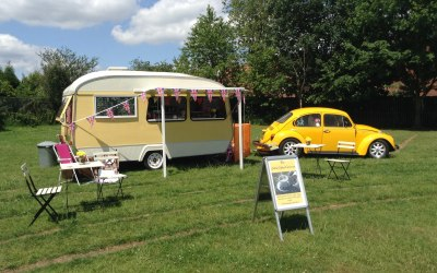 The Little Coffee Caravan; ready to serve great quality, freshly ground coffee, delicious freshly made cake and the award winning Italian gelato by 'Rossa'...
