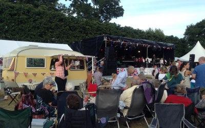 The Little Coffee Caravan enjoying front row entertainment