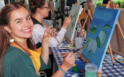 Paint & Sip in Style party