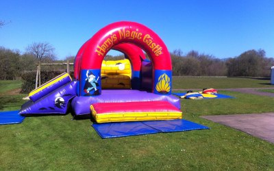 VARIOUS SIZE CASTLES, OBSTACLE COURSE, BALL POND + OTHER GREAT INFLATABLES