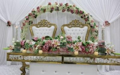 Luxury event furniture