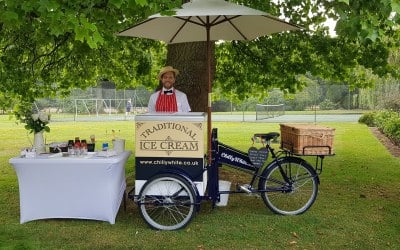Traditional ice cream tricycle service