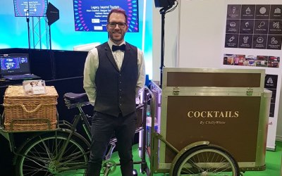 Cocktail tricycle service