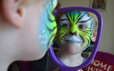 neonfairyfacepainting face painter basingstoke