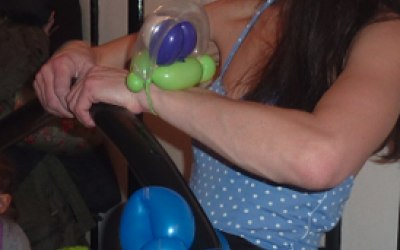 Balloon twister  / balloon modelling Banbury Oxfordshire