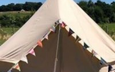Bicester Bouncy Castle Hot Tub  & Bell Tent Hire  4