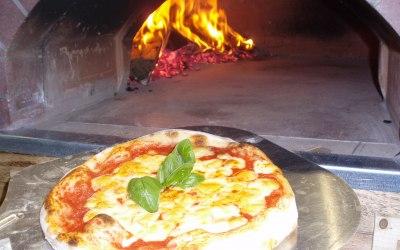 La Baracca Wood Fired Pizza 7