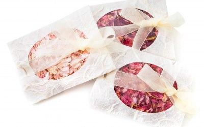 Petal Confetti Envelopes