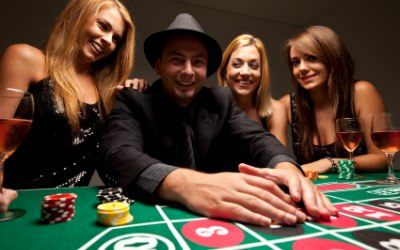 Roulette, blackjack and many more - add a Fun Casino