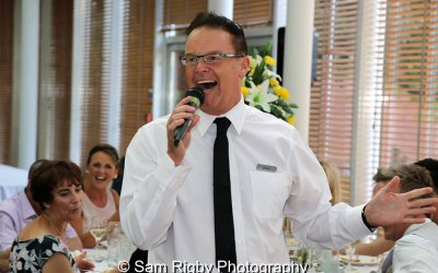 1st Call Singing Waiters  2