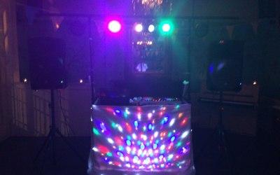 Mobile DJ & Party DJ Set Up www.soundofmusicmobiledisco.com