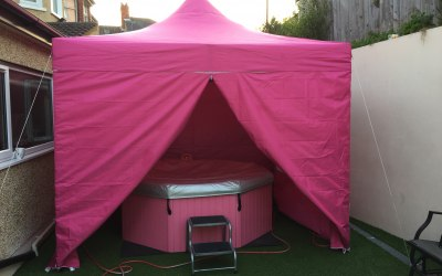 Bubble'n'Bounce Hot Tub Hire Wales 1