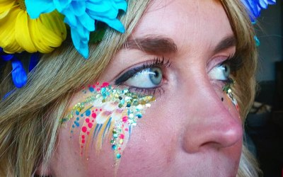 Eco Glitter and Face Art eye design for hen party