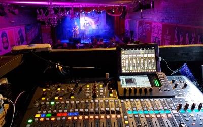 Live sound engineer