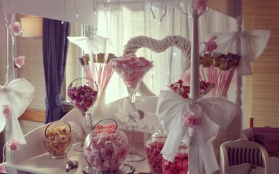Gorgeous love candy cart