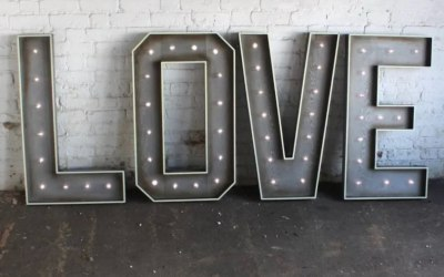 Rustic 4ft Led LOVE Letters Hire