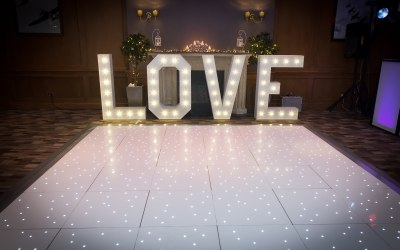 4ft Love letters & LED dancefloor
