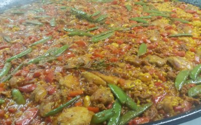 Las Tapitas Meat Paella