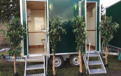 External view of 1+1 Luxury toilet trailer
