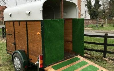 Horse Box Urinal