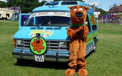 8 seater scooby doo mystery machine