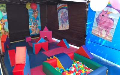 Warrington Hot Tub and Bouncy Castle Hire 7