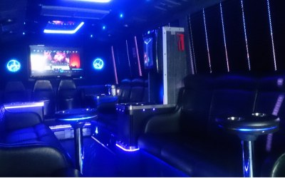 22 seat Vip limousine land yacht