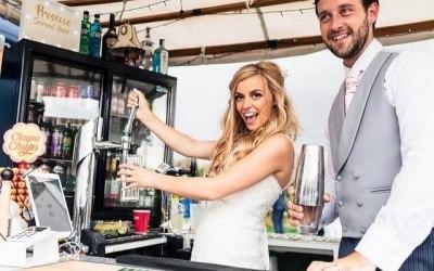 wedding bride groom mobile bar