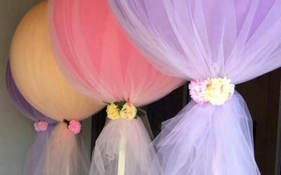 Tulle balloons with flowers