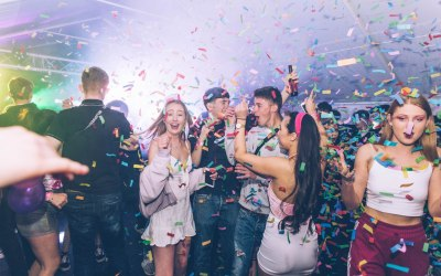 Mobile DJ Package with Confetti