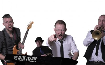The Crazy Knights Party Band 1