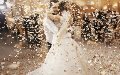 Our confetti cannon enhacing your first dance