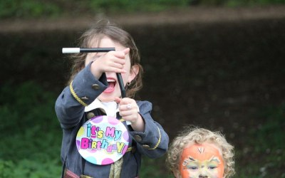 magic show - kids party Taunton -