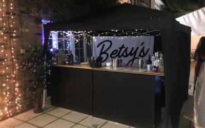 Betsy's Bar 8