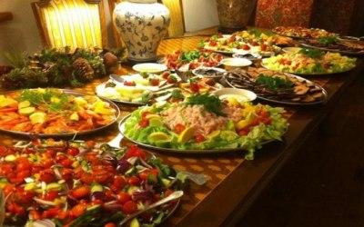 Mixed buffet