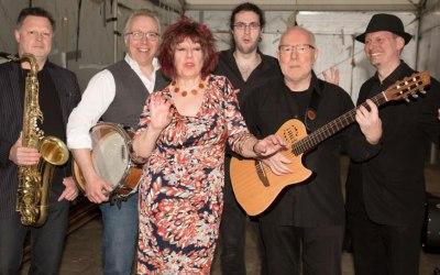 Mrs Peel Band 2